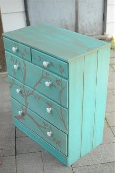 I can't stop crafting: Turquoise Painted Dresser Such a cute idea!
