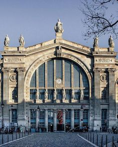 Good evening and have a nice day✨ . . #topparisphoto #myparis #passionpassport #livefolk #mytinyatlas #huffpostgram #cettesemainesurinstagram #découvrirensemble #super_france #hello_france #loves_paris #loves_france_ #igersparis #photooftheday #ig_photooftheday #tv_living #tv_pointofview #parisjetaime #traveldeeper #guardiancities #canon_photos #vsco #mylittleparis #theprettycities #justgoshoot #iamatraveler #livethelittlethings #citylife #reportagespotlight #パリ @instagram @instagramfr