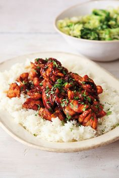 Chicken Teriyaki - This meal seems to be both universally delicious and the work of lazy moments. Brazilian Style, Look And Cook, Great Recipes, Favorite Recipes, Asian Recipes, Ethnic Recipes, Teriyaki Chicken, Roast Chicken, Fried Chicken