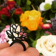 Blumen 💐 Der Frühling ist da! 💐Spring has arrived! #bijoo #Kautschukschmuck #flowers #blumen #blumenliebe #💐 Instagram, Jewelry, Rome, Flowers, Schmuck, Jewlery, Jewerly, Jewels, Jewelery