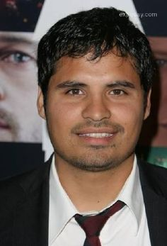 Michael Pena (Mexican) He looks just like my nephew. Famous Latinos, My Images, Latina, Mexican, Celebs, Dyes, Culture, Celebrities, Celebrity