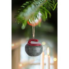 Ornement de Curling Noël, Sport, Neige, Glace, patinoire Hiver lideecadeauweb.ca Abbott Collection Curling, Wildly Delicious, Curls Rock, Holiday Socks, Plant Sale, Christmas Tree, Christmas Ornaments, Own Home, Miniatures