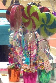 Candy centerpice