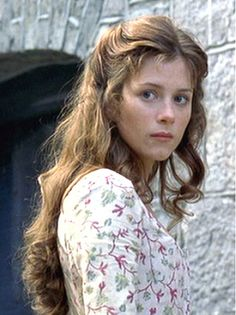 RANSOME'S HONOR: Julia Witherington (template: Anna Friel)