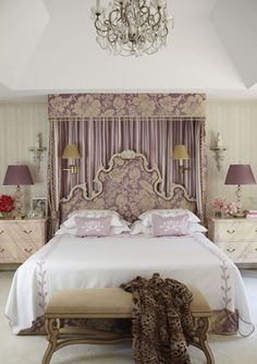 This must be done in my bedroom.. I would certainly feel like a Queen!!