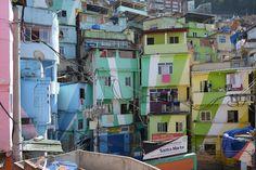 Menin Rio de Janeiron favelaan ja n?in siell? aseen