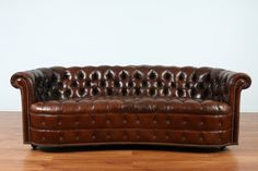 Hey, I found this really awesome Etsy listing at https://www.etsy.com/listing/254839996/vintage-tufted-leather-chesterfield