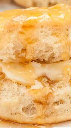 Best Southern Buttermilk Biscuits _ These are unbelievable right out of the oven! Fluffy, super soft, & melt-in-your-mouth bliss. You will adore these. Warm, soft, fluffy, buttery biscuits are immediately inhaled with just about any meal… Golden, tender, moist, buttery, & absolutely addictive! #Southern #Biscuits