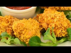Sprawdzony przepis na fit nuggetsy z kurczaka - pieczone, NIE smażone od MniamMniam.com 😋 Smacznie, szybko i tanio. Gotuj razem z nami krok po... Cauliflower, Food And Drink, Yummy Food, Make It Yourself, Vegetables, Recipes, Delicious Food, Cauliflowers