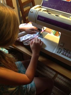 child sewing camp - great tips for hosting one!