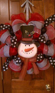 Snowman wreath.