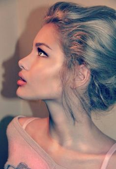 I don't know who this is, but she has the most beautiful profile I have seen... Except for Angelina Jolie, she's a killah' ;)