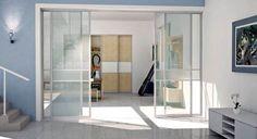 deineSchiebetür.de  Hell und freundlich lassen sich unsere Schiebetüren aus Glas als Raumteiler individuell in jedes Zuhause integrieren. Durch Sprossen können die Elemente unterteilt und gestaltet werden.