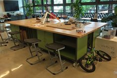 Starting a Fab Lab? Begin here with the fab lab basics: the what, why & how tos for fabrication labs. For more info contact Interior Concepts Maker Labs, Science Room, Innovation Lab, Classroom Furniture, Interior Concept, Office Workspace, Classroom Design, Learning Spaces, Design Lab