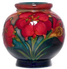Moorcroft Fresia Design Vase designed by Walter Moorcroft in 1954 – Ceramic Art, Ceramic Pottery Glass Ceramic, Ceramic Pottery, Pottery Art, Ceramic Art, Art Nouveau, Vases, Art Decor, Decoration, Antique Glass