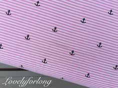 ♥ Wunderschöner Baumwolljersey rosa/weiß gestreift mit kleinen, süßen dunkelblauen Ankern. Perfekt für Hoddies, Pumphosen, Kindershirts, Loops, Mützen...! So richtig schön maritim, dass man das...