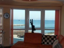 Stunning sea view luxury furnished 2-bedroom/1.5-bathroom apartment for sale in residential building 30m from beach, Pomorie - Sunnybeach Properties - Real Estates in Bulgaria. Apartments, Villas, Houses, Land in Sunny Beach, Nesebar, Ravda ...