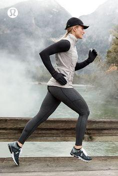 b9a2506b338ed4 Lululemon workout clothes в 2019 г. стиль и спорт. #foamroller Running  Shorts Outfit