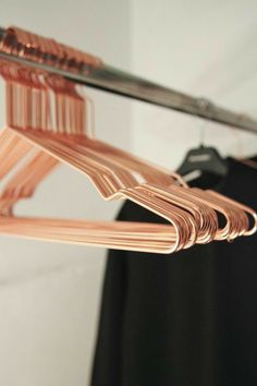 Hang Coat Hangers by Hay Denmark NEED! Set of 5 Hang Coat Hanger in Copper or Black by Hay Denmark Décoration Rose Gold, Rose Gold Decor, Copper Rose, Rose Gold Rooms, Copper Metal, Copper Hangers, Gold Hangers, Wire Hangers, Closet Hangers