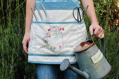 Just Darling Apron with Instructions at  Homemade with Mom www.justdarlingblogger.blogspot.com Gardening Apron, Sewing Rooms, Make Your Own, Machine Embroidery, Diaper Bag, Applique, Cross Stitch, Homemade, Mom