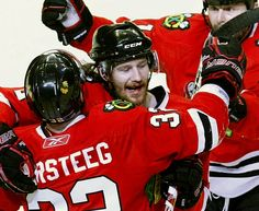 Duncan Keith - May 2010 You don't need teeth for a Cup Chicago Blackhawks, Sports Teams, Hockey, Teeth, Game, Field Hockey, Tooth, Gaming, Toy