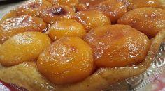 Tarta de duraznos con caramelo de manteca