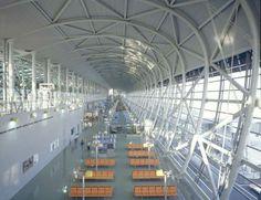 12. Kansai International Airport, Japan - Dennis Gilbert / View Pictures/REX