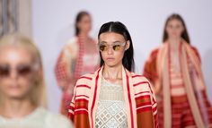 We love this close up of our 0261 Crustal frames with custom Gold mirror lenses for Temperley London Spring Summer 2015. Read a full review of the show on our blog: http://9nl.pw/at15 #LondonFashionWeek #LFW #London #FashionWeek #Fashion #AliceTemperley #TemperleyLondon #Sunglasses #Eyewear #Collaboration #SS15 #SpringSummer2015 #Womenswear