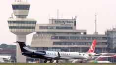 Berlin Tegel TXL Airoprt: The original design was supposed to never handle more than 6 million Passengers. Currently the expanded 40-year-old facility copes with almost 21 million | Flughafen Tegel: Knapp 21 Millionen Fluggäste muss der Airport verkraften