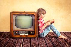 15 programas de televisión, radio e internet sobre libros y literatura  Hay gente que se enorgullece de  no ver la televisión, yo me enorgullezco de saber elegir lo que quiero ver en ella. Y es que en la televisión hay de todo, #biblioteques_UVEG
