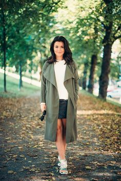 Coat Bik Bok // sweater Gina Tricot // skirt  Ivyrevel // sneakers Adidas
