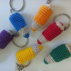amoremcroche:: Lápis lembrancinhas amigurumi #amigurumi #lapis #coloridos #lembrancinhaspersonalizadas  #crochet #artesanato #feitoamao #lembrancinhas #lembrancinhasdematernidade