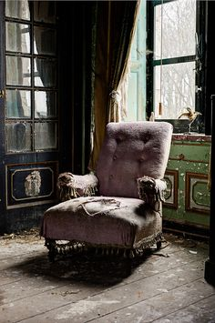 abandonedography:  Best seat in the house (by odin's_raven)