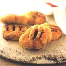 Delia's Eccles Cakes    http://www.deliaonline.com/recipes/type-of-dish/sweet/eccles-cakes.html