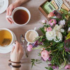 Fab tutorial on flower arrangements!  @Looksi Square  #aDailySomething