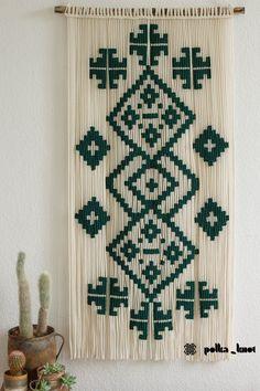 Macrame Wall Hanging Diy, Macrame Curtain, Macrame Art, Macrame Projects, Craft Projects, Bosnia Y Herzegovina, Diy Crafts Hacks, Macrame Design, Macrame Patterns