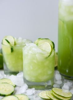 Cucumber Vodka Soda mean, it's like we're drinking SALAD. It's so green that I feel healthier just looking at it. I love cocktails with a hint of cucumber. Cocktail Drinks, Cocktail Recipes, Alcoholic Drinks, Beverages, Margarita Recipes, Jalapeno Margarita, Liquor Drinks, Bourbon Drinks, Cocktail Ideas