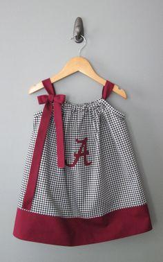 University of Alabama Pillowcase Dress by jamnjelli on Etsy Little Dresses, Little Girl Dresses, Cute Dresses, Girls Dresses, Sewing For Kids, Baby Sewing, Sewing Clothes, Diy Clothes, Pillowcase Dress Pattern