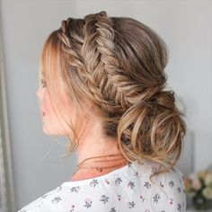 Today we are going to talk about those gorgeous braid styles. I will show you the best and trendy hair braid styles with some video tutorials. Braided Hairstyles Tutorials, Box Braids Hairstyles, Cool Hairstyles, Hairstyles Videos, Braid Tutorials, Updos With Braids, Hairstyles For Medium Hair, Hairstyles Pictures, Video Tutorials