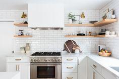 The Nuiances Of All White Kitchen Modern 00006 - homeexalt Budget Kitchen Remodel, Kitchen On A Budget, Home Decor Kitchen, Kitchen Interior, Interior Design Living Room, Kitchen Ideas, Interior Shop, Kitchen Designs, All White Kitchen