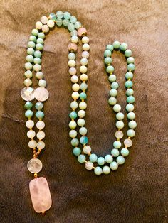 Hand-knotted mala with 108 gemstone beads: rose and clear quartz, amazonite, moonstone, fluorite Clear Quartz, Gemstone Beads, Beaded Necklace, Gemstones, Rose, Jewelry, Beaded Collar, Pink, Jewlery