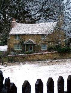 just like that house of Kate Winslet from Holiday movie in Surrey.