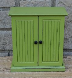 Vintage Green Jewelry Box by jaxscorner on Etsy, $45.00