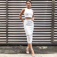Nadine For Its Showtime (myrhlaoto IG) Nadine Lustre Ootd, Nadine Lustre Fashion, Ootd Classy, Filipino Girl, Photoshoot Bts, Flattering Outfits, Jadine, Korean Outfits, Autumn Fashion