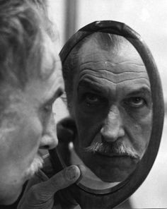Vincent Leonard Price, Jr. (May 27, 1911 – October 25, 1993) was an American actor, well known for his distinctive voice and serio-comic performances in a series of horror films made in the latter part of his career.
