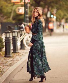 Schöne Kleider, Maxi Kleider, Elegante Kleider, Stil Vorbilder, Modetrends,  Banana Republic bae5695a56