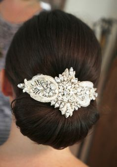 Real Bride Jasmin is wearing the Art Deco Headpiece
