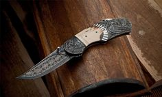 Custom Damascus Knives - Knives, folders, Daggers, Swords and Artknives by André Andersson - Sweden northlandknives@hotmail.com