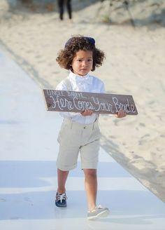 Ring Bearer Sign |  Sara Richardson Photography | blog.theknot.com