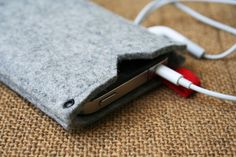 simple case sleeve iphone or ipod 100% merino wool felt 3mm thick - grey color